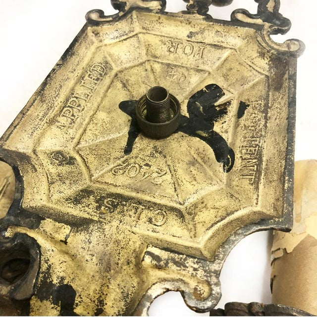 1930s Antique Gothic Victorian Cast Iron Wall Sconce Light For Sale - Image 6 of 8