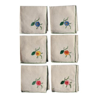 Cream Hand Embroidered Floral Cloth Dinner Napkins in Blue Green Pink Orange - Set of 6 For Sale