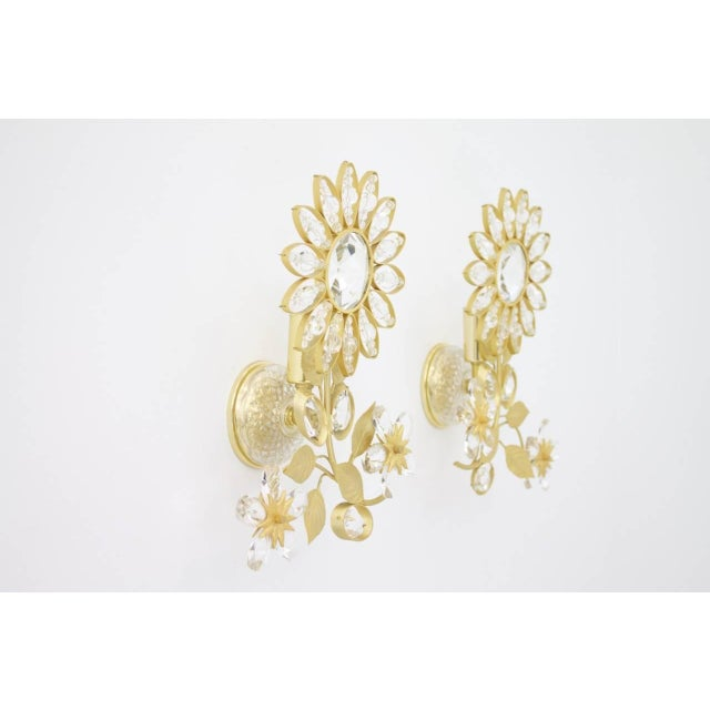 Hollywood Regency Pair of Wall Sconces Crystal Glass and Brass by Faustig Germany, 1970s For Sale - Image 3 of 10