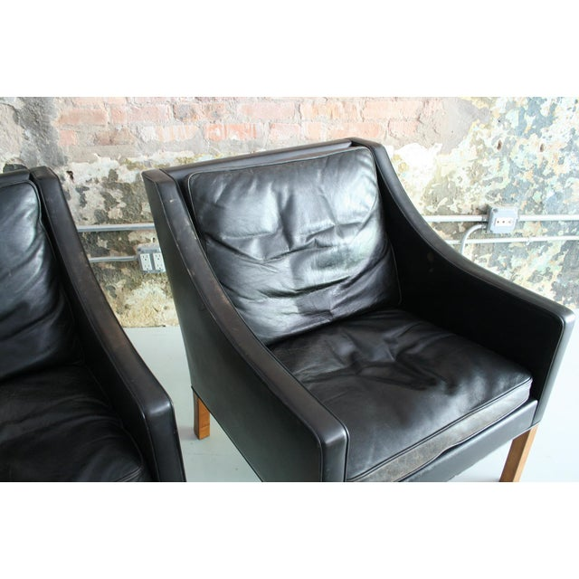 Matched Pair of Børge Mogensen Model #2207 Leather Lounge Chairs For Sale - Image 11 of 13