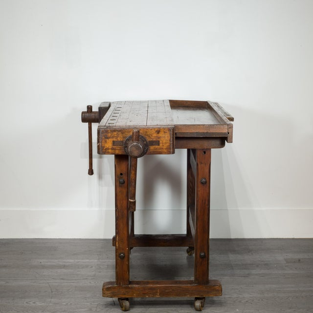 Industrial Black Walnut and Douglas Fir American Carpenter's Workbench C.1900 For Sale - Image 3 of 11