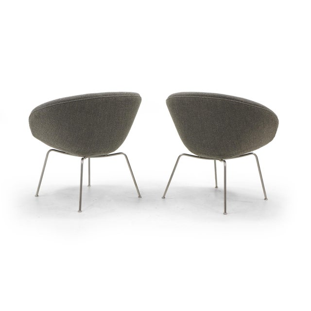 Fritz Hansen Arne Jacobsen for Fritz Hansen, Restored, Maharam Fabric Pot Chairs - a Pair For Sale - Image 4 of 8