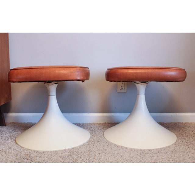 Mid-Century Modern 1970's Vintage Louisville Chair Company Tulip Stools - Pair For Sale - Image 3 of 11