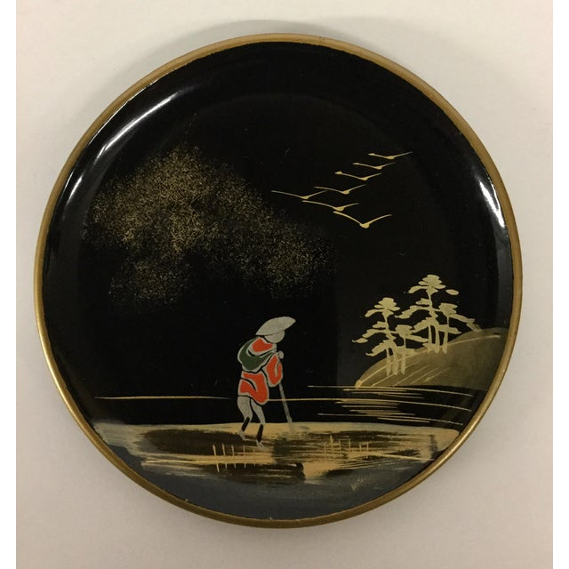 Asian Vintage Mid-Century Modern Lacquer Coaster Set - Set of 5 For Sale - Image 3 of 11