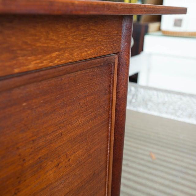 Arne Vodder Style Single Pedestal Drop-Leaf Teak Desk For Sale - Image 10 of 10