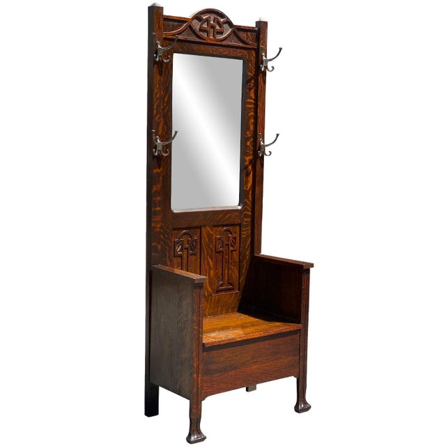 An Arts & Crafts Quartersawn Oak Hall Tree Bench with Mirror, Untied States, c.1920. This Hall Tree would look exceptional...