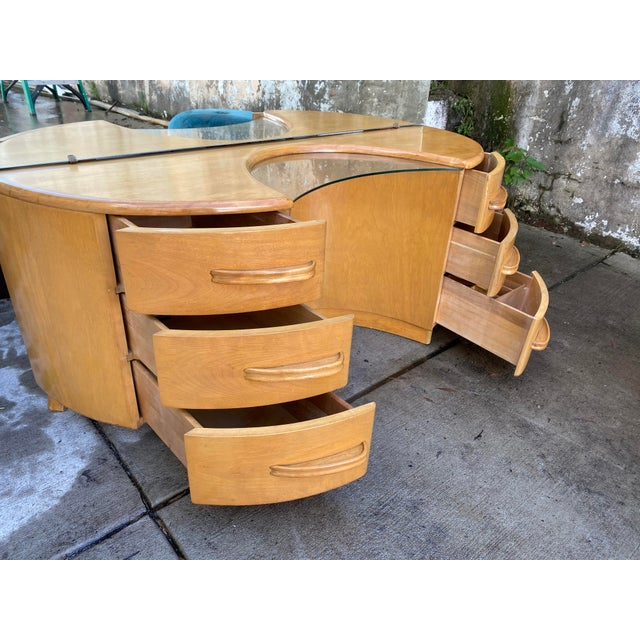 Heywood WakeField Curved Vanity & Matching Stool - 2 Pieces For Sale - Image 9 of 11