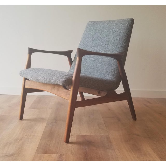 1950s Arne Hovmand-Olsen Lounge Chair (Model 240) for Mogens Kold Møbelfabrik - Newly Upholstered For Sale - Image 13 of 13