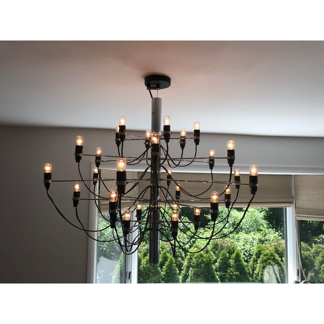 2010s Flos 2097 Modern Mid Century Chandelier by Sarfatti Chrome 30 Mint Condition For Sale - Image 5 of 7