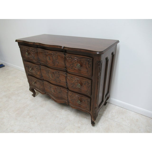 Henredon 1980s Vintage Henredon Four Centuries French Country Style Bachelors Commode For Sale - Image 4 of 12