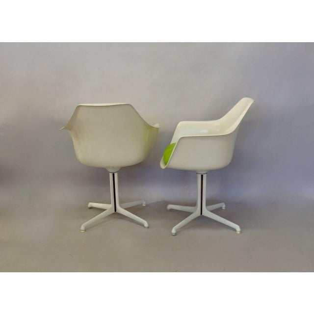 Mid 20th Century Burke White Fiberglass Swivel Dining Chairs - Set of 4 For Sale - Image 5 of 6