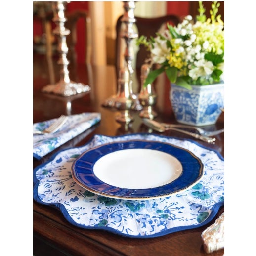 Traditional Blue Floral Block Print Scalloped Napkins and Placemats - Set of 8 For Sale - Image 3 of 4