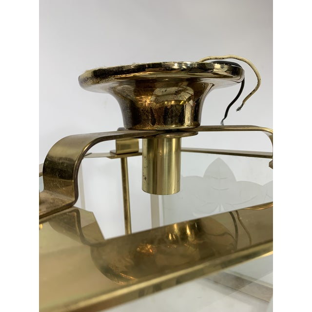1960s Vintage Modern Fredrick Ramond Brass & Lucite Etched Glass Light Fixture For Sale - Image 5 of 8