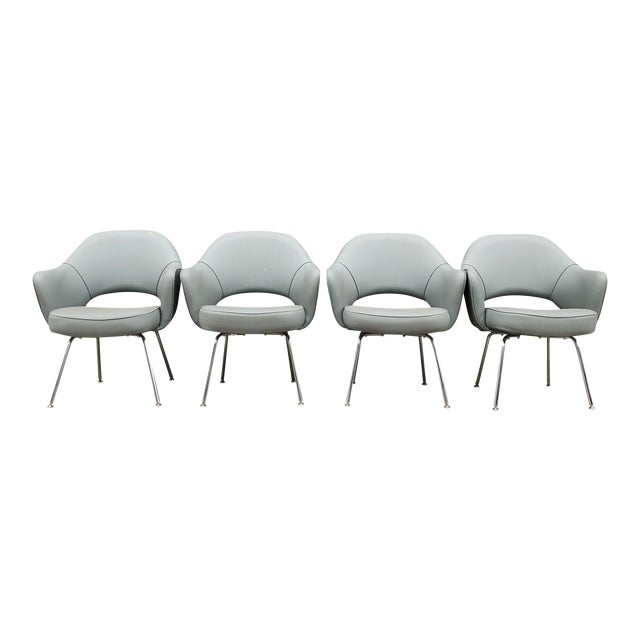 1960s Mid-Century Modern Eero Saarinen for Knoll Executive Chairs (11 Avail) For Sale