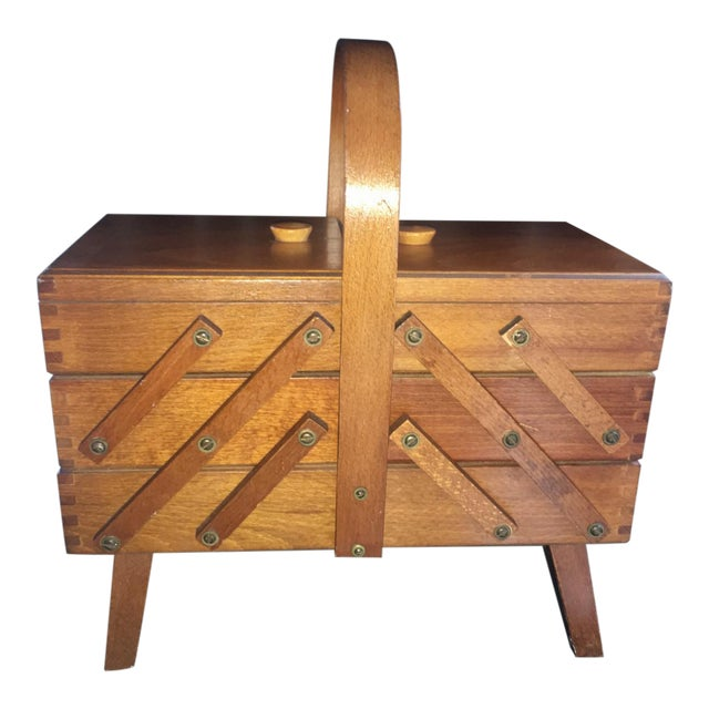 1950s Mid-Century Modern Beechwood Cantilever Expandable Sewing Box For Sale