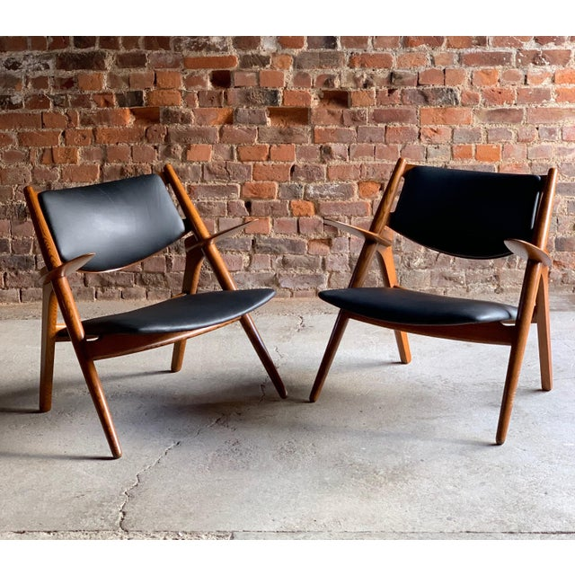 Hans Wegner Sawbuck Chairs Model CH-28 by Carl Hansen 1950s - A Pair For Sale - Image 6 of 13