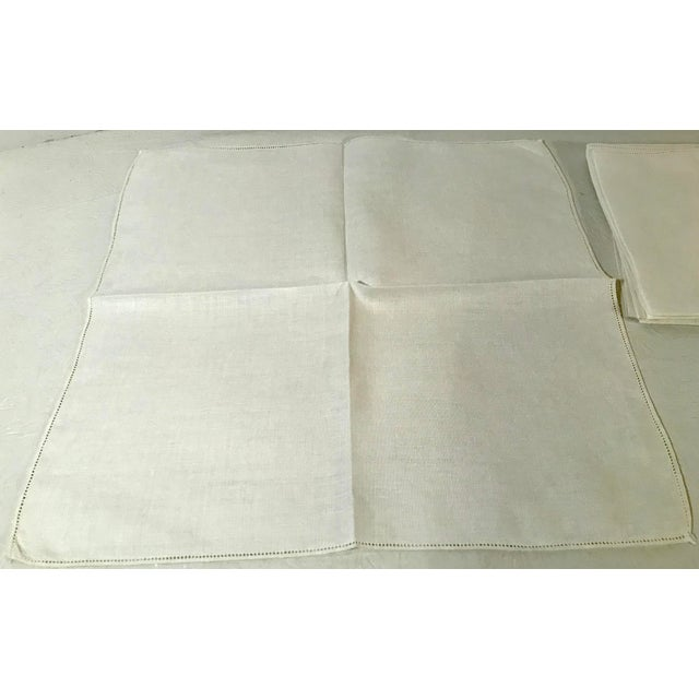 Mid-Century Modern Vintage Mid-Century Modern Linen Table Napkins - Set of 6 For Sale - Image 3 of 5