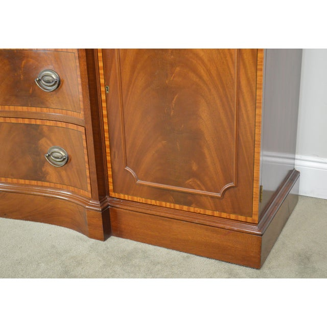 Federal Style 1940's Custom Flame Mahogany Inlaid Buffet Sideboard For Sale - Image 12 of 13