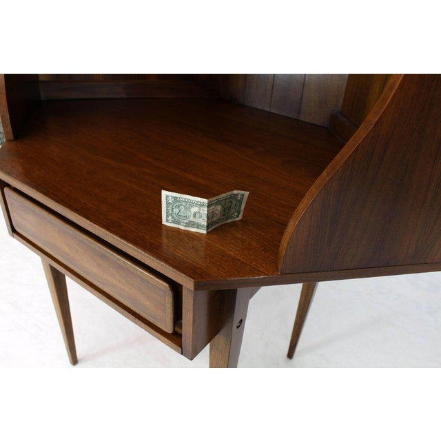 Mid-Century Modern Two-Piece Walnut Corner Desk Table Bookcase Hutch For Sale - Image 9 of 12
