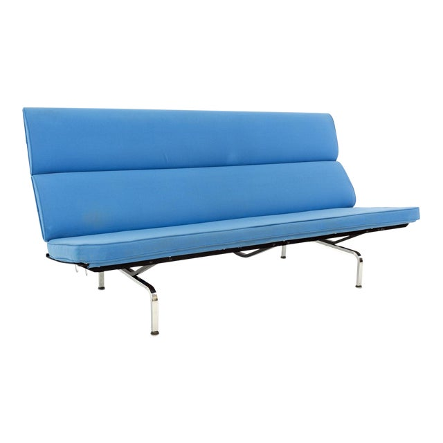 Eames for Herman Miller Mid Century Modern Compact Daybed Sofa For Sale