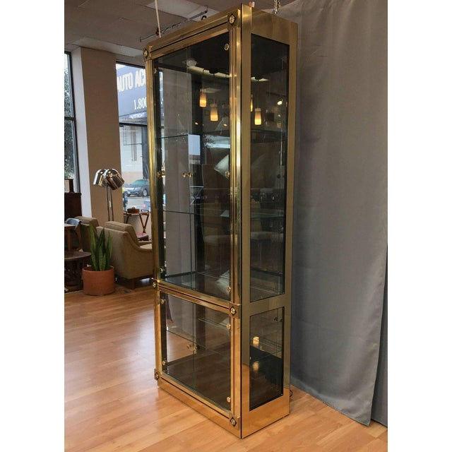 Contemporary 1970s Mid-Century Modern Mastercraft Towering Brass and Glass Vitrine For Sale - Image 3 of 11