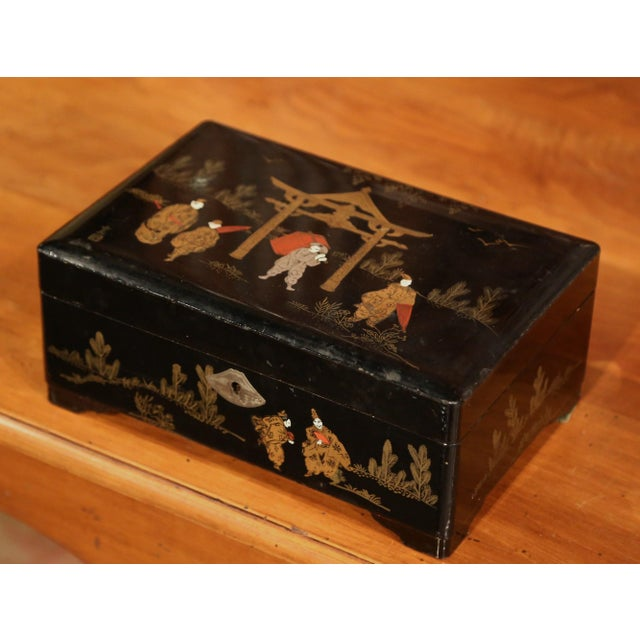 19th Century French Black Lacquered Make Up Music Box With Chinoiserie Decor For Sale - Image 9 of 9