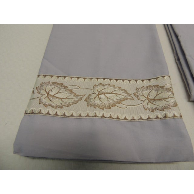 French Pair of Antique Trim Pillow Cases in Ecru and Gold Trim For Sale - Image 3 of 4