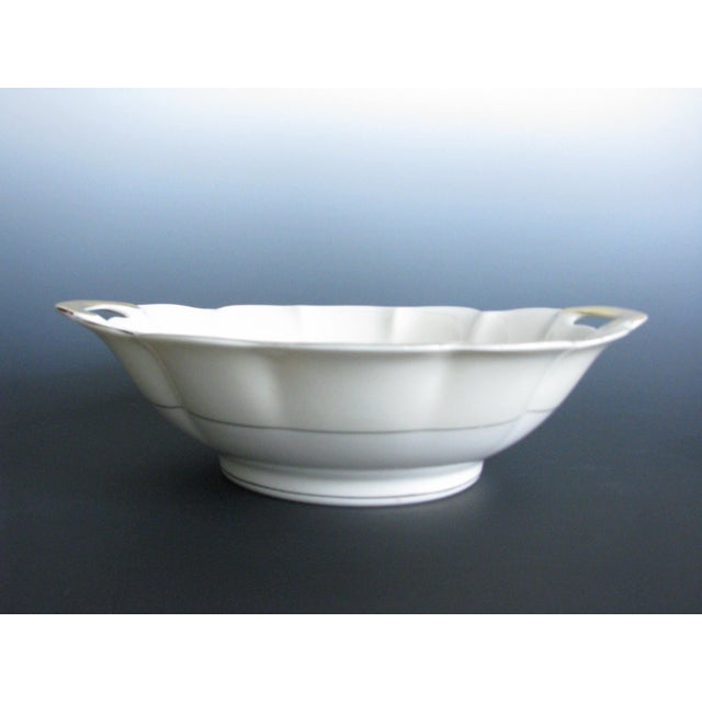 1950s 1950s Theodore Haviland New York Leeds Platter and Concord Serving Bowl For Sale - Image 5 of 13