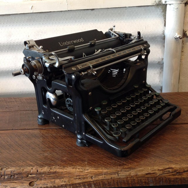 Industrial Antique Underwood Typewriter - Underwood No 6 For Sale - Image 3 of 5