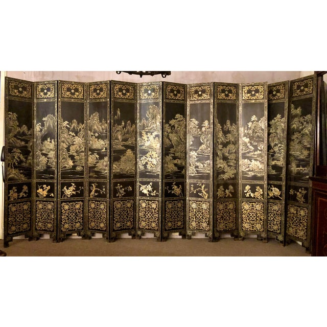 Antique Chinese Lacquered 12 Panel Screen, Circa 1890-1910. For Sale In New Orleans - Image 6 of 6