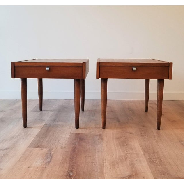 Mid-Century Modern American of Martinsville End Tables - a Pair For Sale - Image 9 of 10