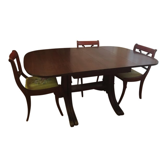 Drexel Heritage Vintage Mahogany Dining Set -Table And 6