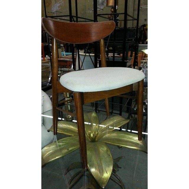 1970s 1970s Hollywood Regency Arthur Court Metal Gilded Lily Dining Table For Sale - Image 5 of 7