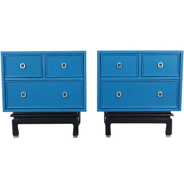 Vintage Lacquered Nightstands by American of Martinsville For Sale