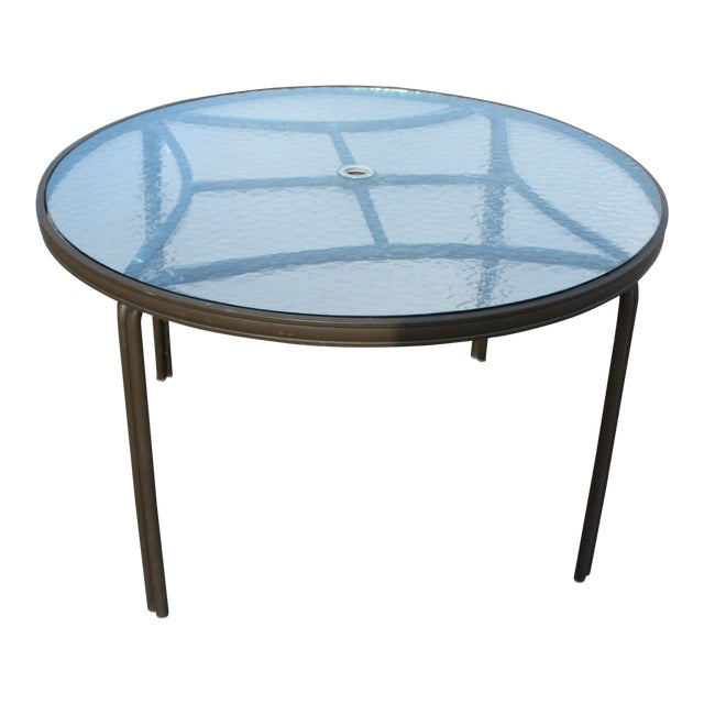 Mid-Century Modern Brown Jordan Outdoor Table For Sale