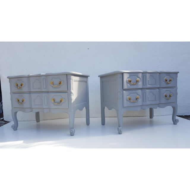 Baker Furniture Company Baker Furniture Serpentine Front French Country Nightstands A Pair For Sale - Image 4 of 12