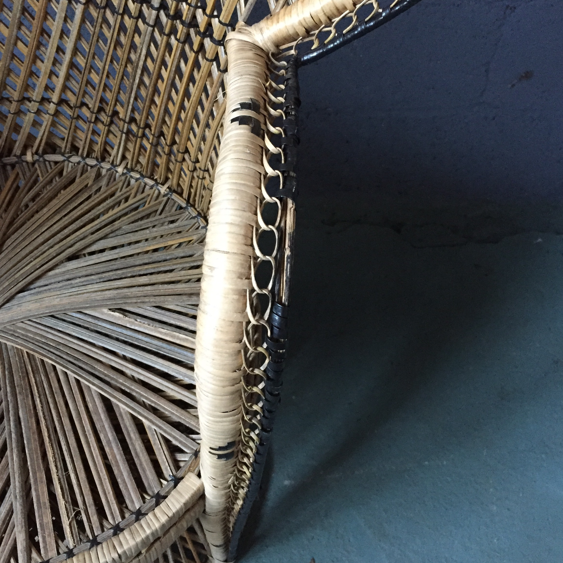 Vintage Rattan Peacock Fan Chair   Image 9 Of 11