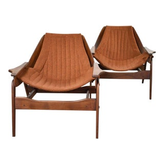 Mid Century Modern Triumph I Sling Chairs by Jerry Johnson for Charlton a Pair For Sale