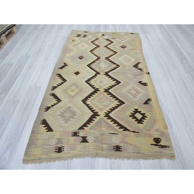 Turkish Vintage Turkish Kilim Pastel Rug - 4′7″ × 8′6″ For Sale - Image 3 of 6