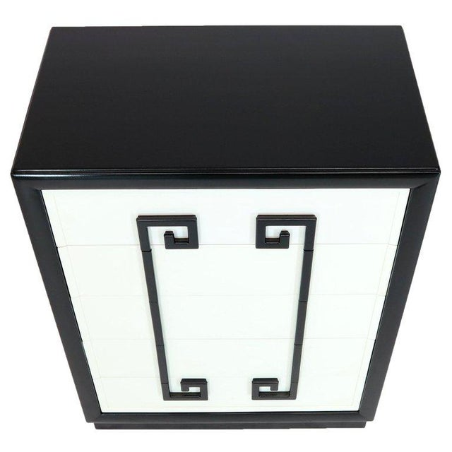 Kittinger Mandarin Style Chest Dresser Black and White Lacquer Five Drawers For Sale - Image 9 of 11