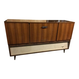1960s Mid-Century Modern Grundig Majestic Stereo Cabinet For Sale
