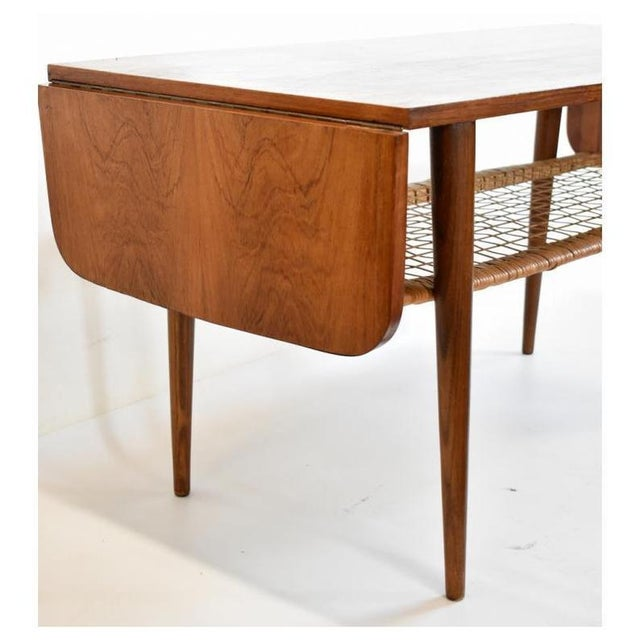 Mid-Century Modern 1960s Danish Rosewood Mid Century Modern Double Leaf Coffee Table For Sale - Image 3 of 6