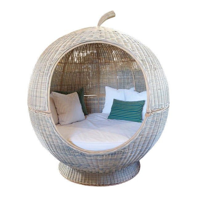 Outdoor Rattan Apple Pod Bed For Sale