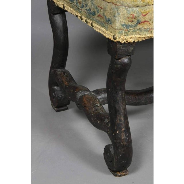 Louis XIV Walnut Os De Mouton Bench With Tapestry Seat For Sale In Boston - Image 6 of 8