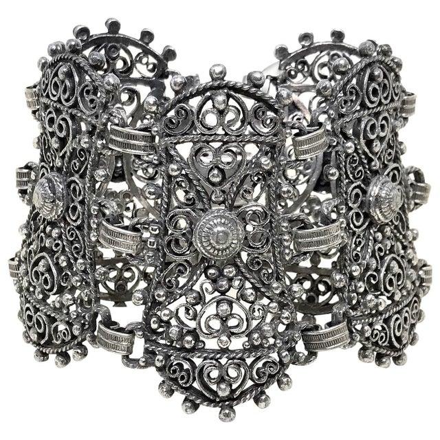 Metal 1940s Jeray Estruscan-Revival Silvertone LInk Bracelet For Sale - Image 7 of 7