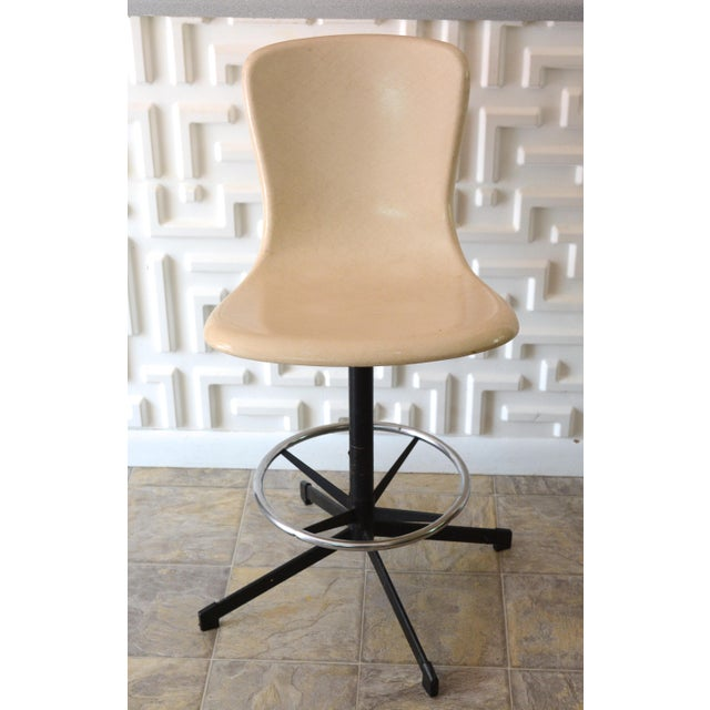 Vintage Mid Century Fiber Glass Shell Swivel Bar Stool For Sale - Image 10 of 10