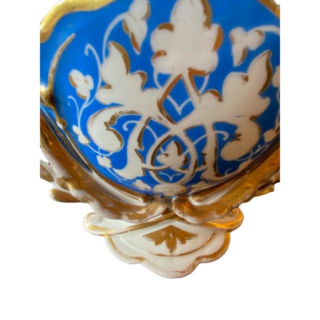 19th Century Old Paris Porcelain Vase For Sale - Image 4 of 7
