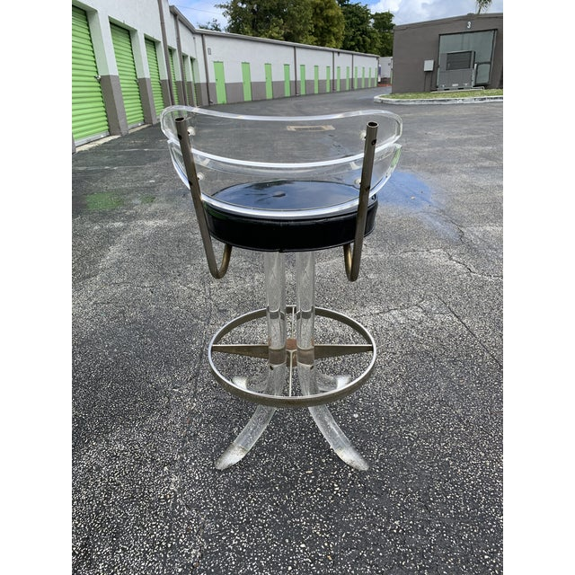 1970s Hill Mfg Lucite Swivel Barstools - Set of 3 For Sale In Miami - Image 6 of 12