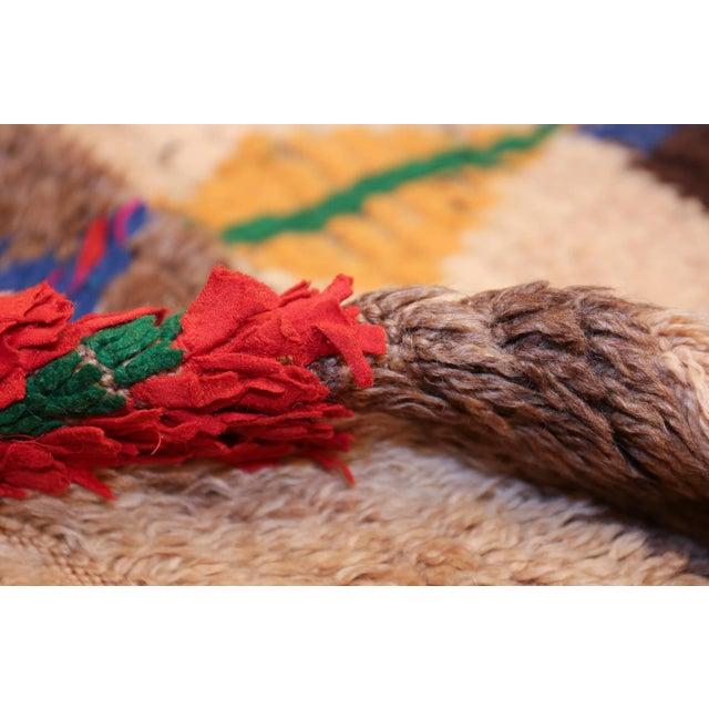 Folk Art Mid-Century Vintage Folk Art Moroccan Rug - 4′9″ × 10′4″ For Sale - Image 3 of 10