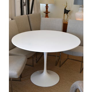 Original Eero Saarinen Round Antique White Laminated Tulip Dining Table Knoll Preview